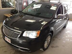2012 Chrysler Town & Country Limited Luxurious people mover