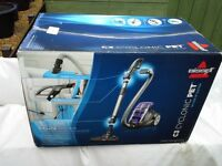 Bissell C3 Cyclonic Pet Like new in box