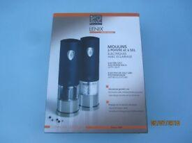 Electric Salt and Pepper Mill Set. Peugeot Lenix. Brand New in Box. Ideal Present