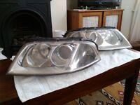 VW Passat Highline tdi 2005 (05) headlights (left and right)