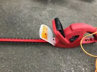 SOLD B&Q Hedge Trimmer TRY400TA 400 Watt Excellent Condition