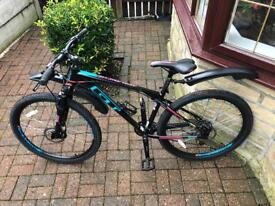 GT Avalanche 27.5 Mountain Bike