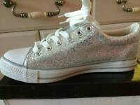Bella star converse style trainer