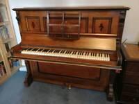 Knauss Upright piano