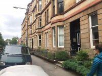 Ground floor, 3 bedroom flat Woodlands, West End, Glasgow. HMO licensed! 1 mintue from Glasgow Uni!