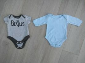 Newborn clothes - excellent condition