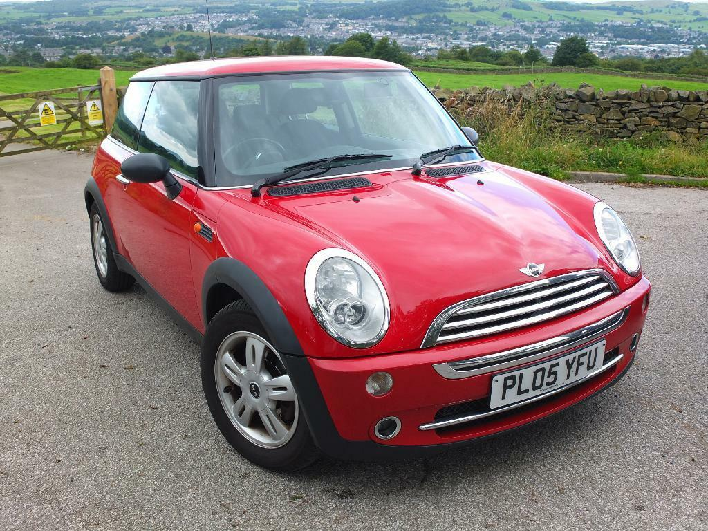 2005 mini one 1 6 petrol red in blackpool lancashire. Black Bedroom Furniture Sets. Home Design Ideas
