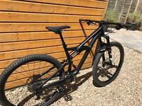 2016 Specialized Enduro Comp (Medium) - Excellent Condition - Rarely Used