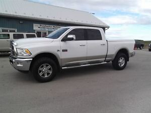 2010 Dodge Ram 2500 Laramie,DIESEL,CREW,SHORT,LEATHER,NAVI,LOADE