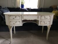 FREE TO COLLECT. Dressing table