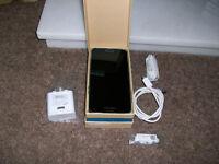 Samsumg Galaxy S5 32gb SM-G900F/COLOR electric blue, { unlocked } sim free,,