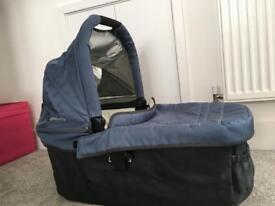Uppababy vista pram - bassinet only
