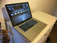 Macbook Pro 15-inch 1TB 16Gb RAM i7