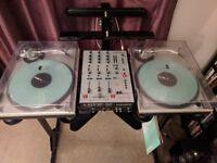 DJ setup Technics 1200 MK2 x2, Allen & Heath Xone 32, Serato SL1, Sefour X25 Stand, Ortofon Pro S x2