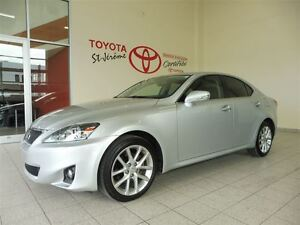 2012 Lexus IS 250 * AWD * CUIR * TOIT OUVRANT * MAGS *