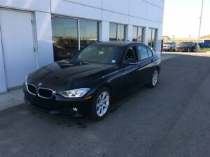 2014 BMW 320I xDrive LEATHER NAV AND MORE!!