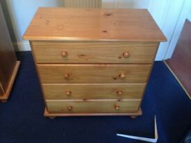 Double pine wardrobe & chest of drawers
