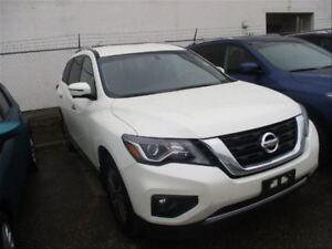 2017 Nissan Pathfinder SL | Leather | Heated Seats | Backup CAM
