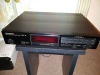 Pioneer F-401L Digital Synthesizer Tuner - FM / AM/ LW - HiFi Separate