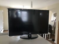 """LG 42"""" LCD HD Television with Freeview"""