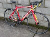 racing bike 700c boardman