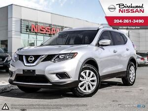 2015 Nissan Rogue S ALMOST NEW!