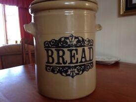 Bread bin ceramic stoneware