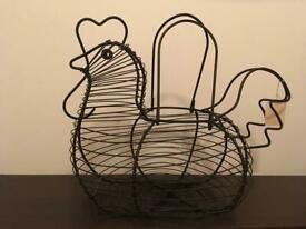Chicken Hen-shaped Black Wire Basket - Decorative Storage - Vintage unused purchase still has ticket