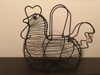 Chicken Hen-shaped Black Wire Basket - Decorative Storage - Vintage unused purchase still has ticket