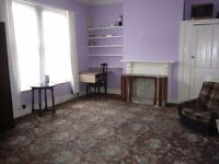 Large single room in Victorian house close to Highgate tube- INCLUSIVE OF ALL BILLS AND COUNCIL TAX.