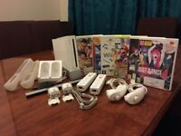 Nintendo Wii Console, Controllers and Games