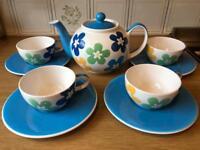 Whittard of Chelsea tea set for 4