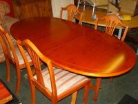 Extending Dining Table in Yew with 4 Matching Chairs with Regency Stripe Seats Covers