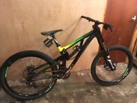 Saracen Myst 2016 Downhill Bike