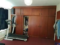Extra large room to let