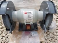 Bench Grinder as new, never been used.