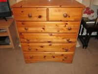 4 + 2 Chest of Drawers Good Condition