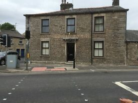 Rooms in Large 4 Bed Flat recently Refurbished