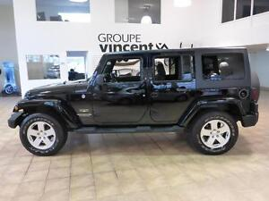 2011 Jeep Wrangler Unlimited SAHARA 4X4 V6