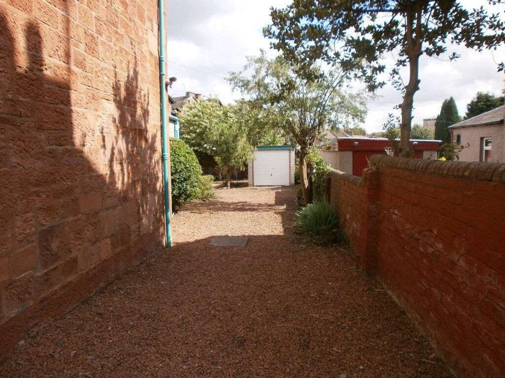 Garden clearance or a basic tidy up, all waste removed by us, free ...