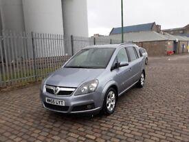 2006 Vauxhall Zafira 1.8 Design, top of the range, year MOT