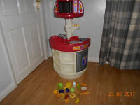 little tykes play kitchen & play food excellent used condition