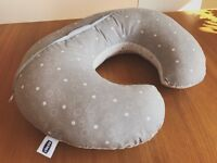 Chicco Boppy pillow with cotton slipcover in circles