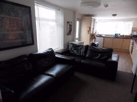 Double rooms (choice of 2)