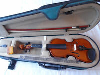 1/8 size violin, bow and case fro Cardiff Violins
