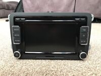 VW Car Stereo RCD510 6-disc changer, SD Card, AUX line-in, Touchscreen