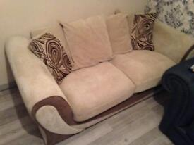 SOFOLOGY SMILE SETTEE's & CHAIR