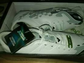Brand new togs, size 7