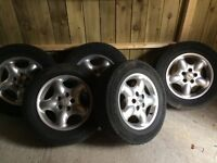Land Rover alloy wheels and tyres x5