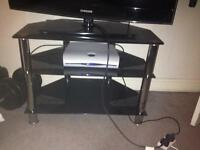 Tv stand- up to 32 inch